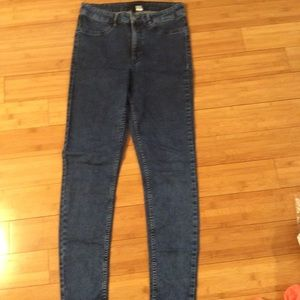Divided or H&M skinny at the ankle jeans size 10